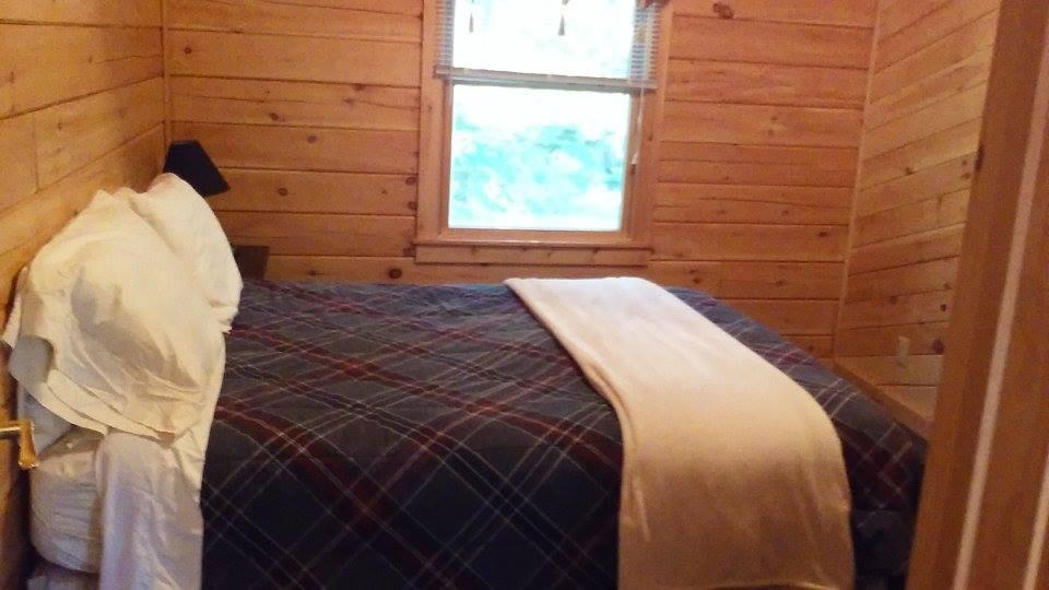 Dog Friendly Cabins in Newark Vermont Hawk Rock Cabins