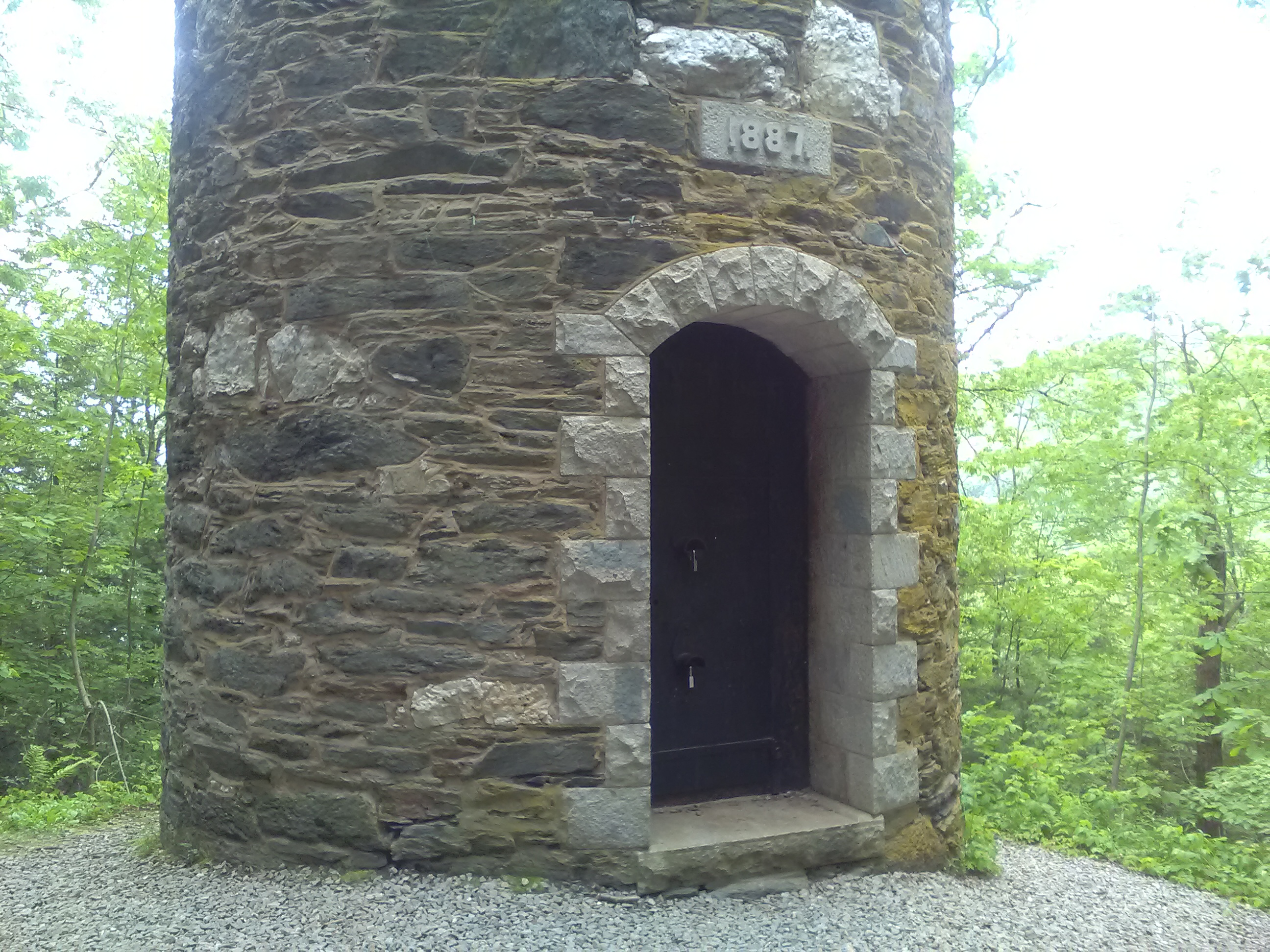 Take a Hike – Historical Retreat Tower in Brattelboro, VT