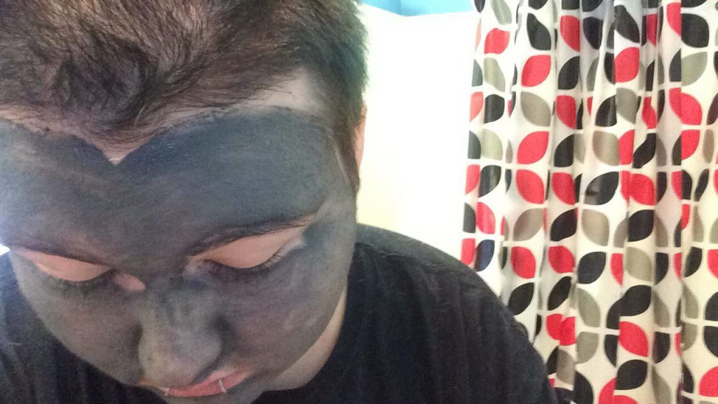 How can I Give Myself a Facial at Home?