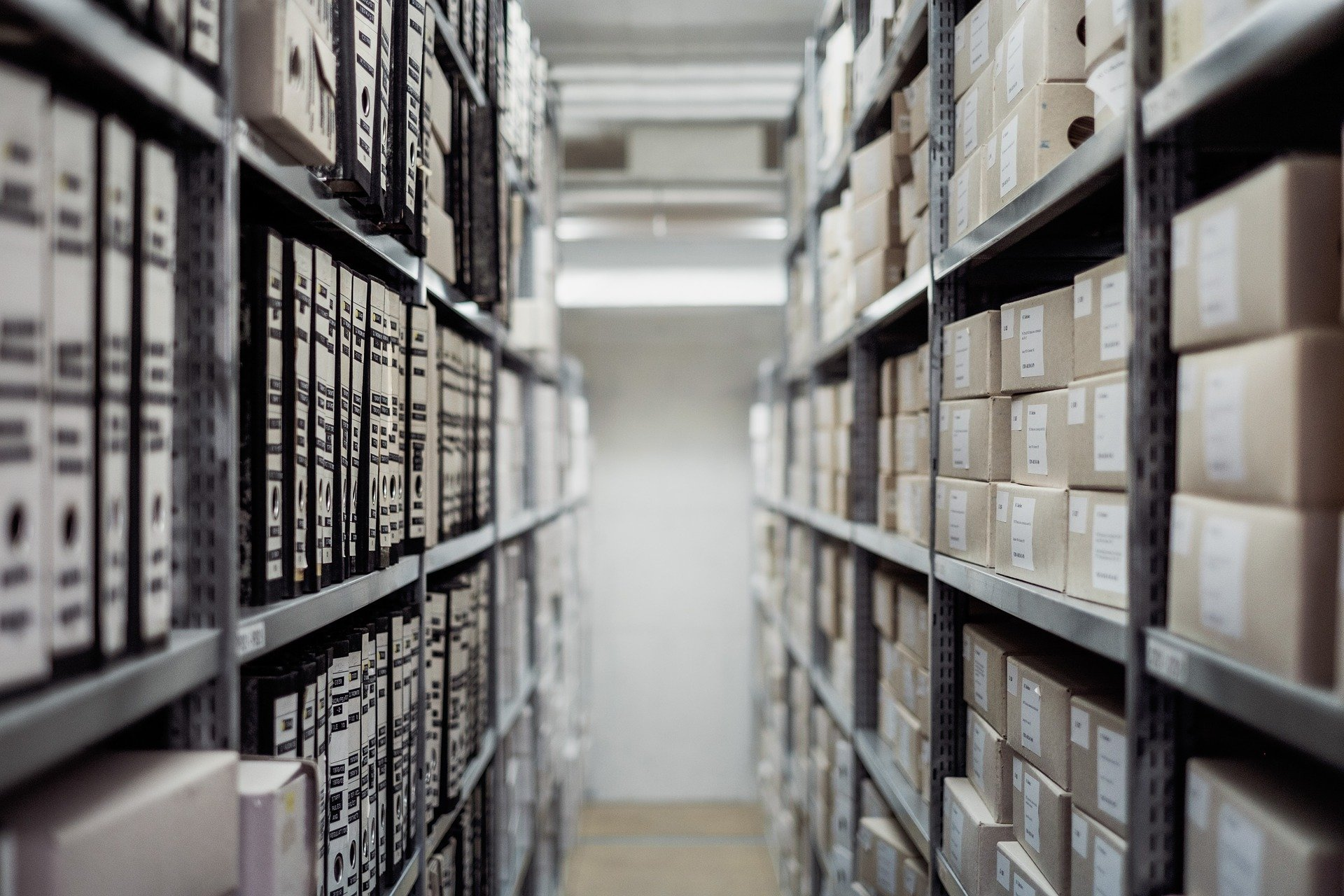 8 Industries That Can Benefit from Mobile Storage Systems