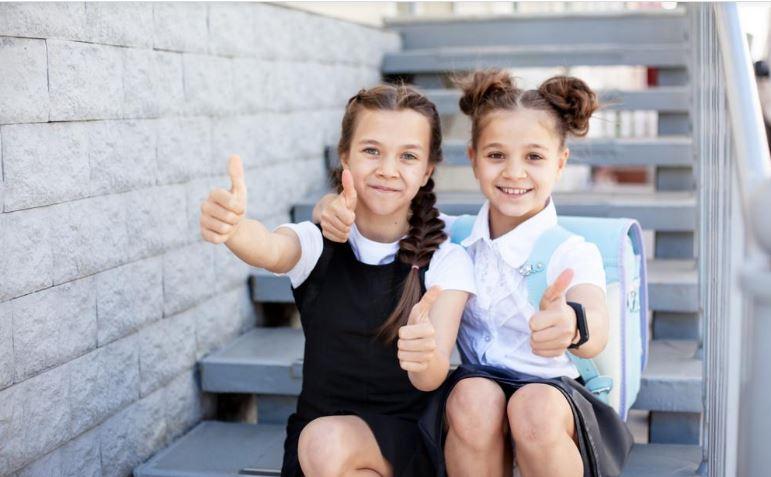 """7 Tips to Get Your Kids """"Back to School"""" in Homeschool"""