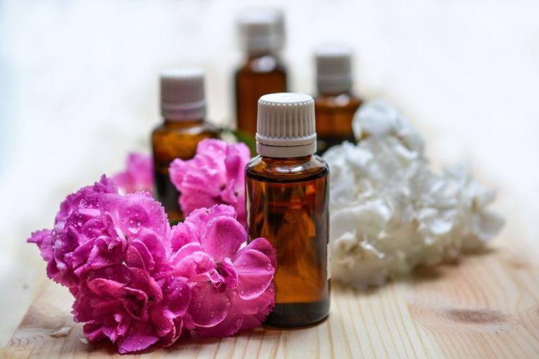 The Top Essential Oil Direct Sales Companies